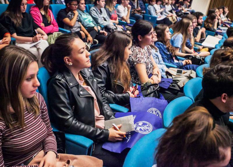incontri online studenti laureati Thailandia servizi di matchmaking
